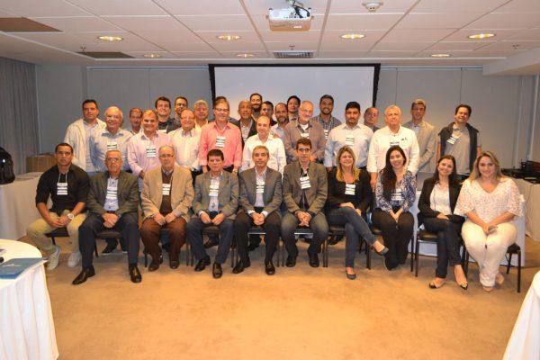 FCDL/RJ reúne CDLs do Estado para elaboração de políticas públicas voltadas ao varejo